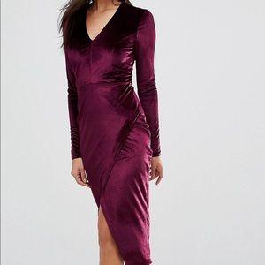 Midi dress in velvet.Like new.size US 4